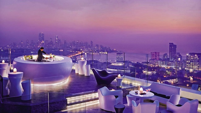 Rooftop Bar - Aer